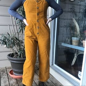 URBAN OUTFITTERS CORDUROY OVERALL NWT